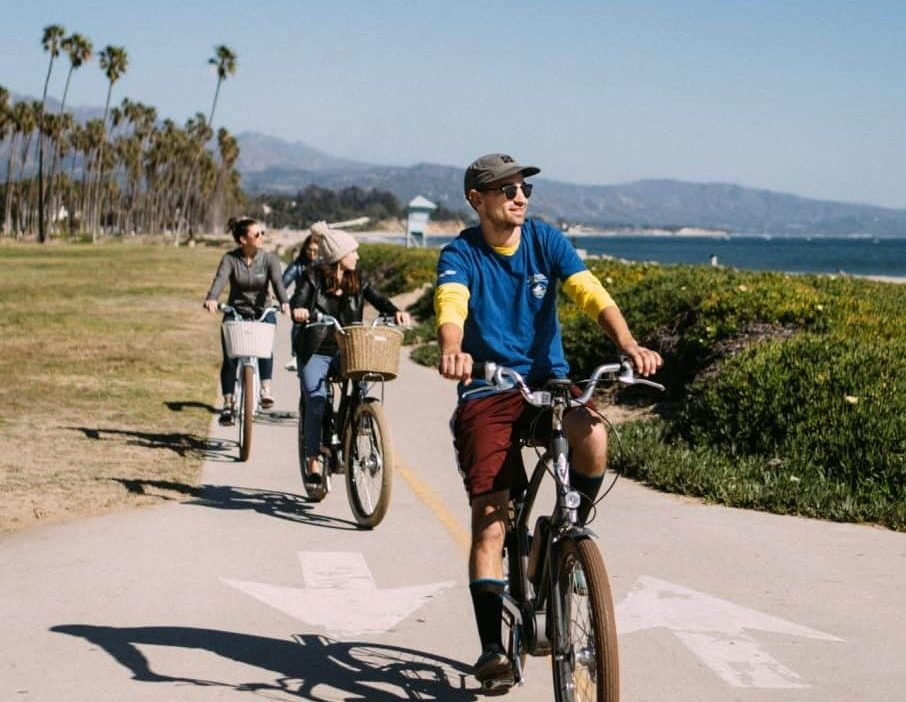Santa Barbara Bike Tour with Views of East Beach and Islands