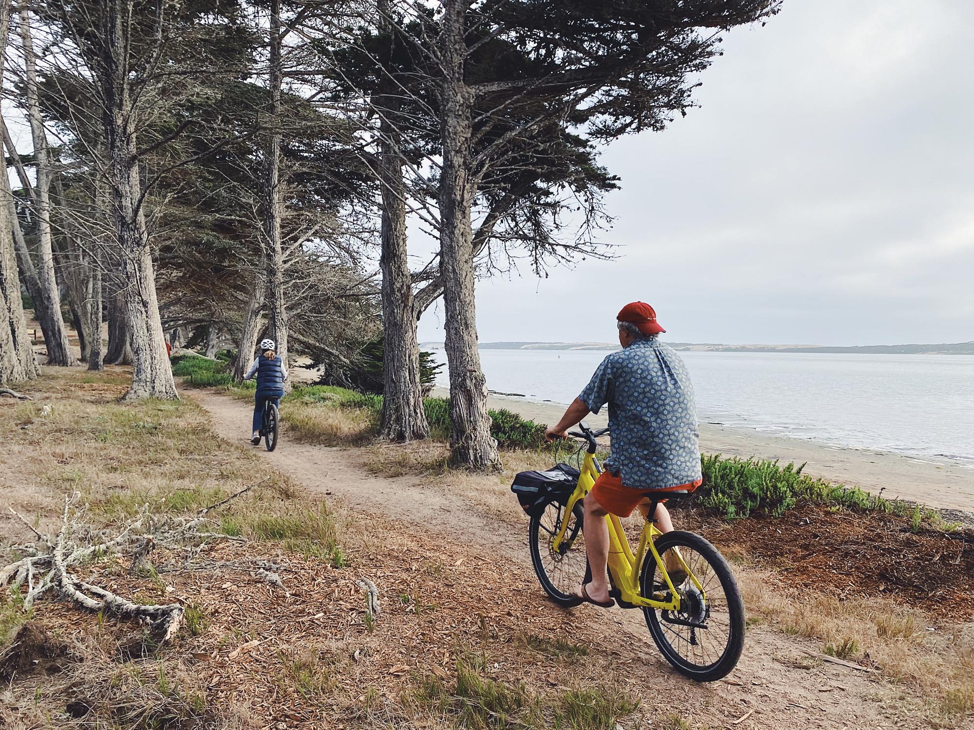 couple-bike-rentals-morro-bay-central-coast